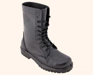 کفش نظامی